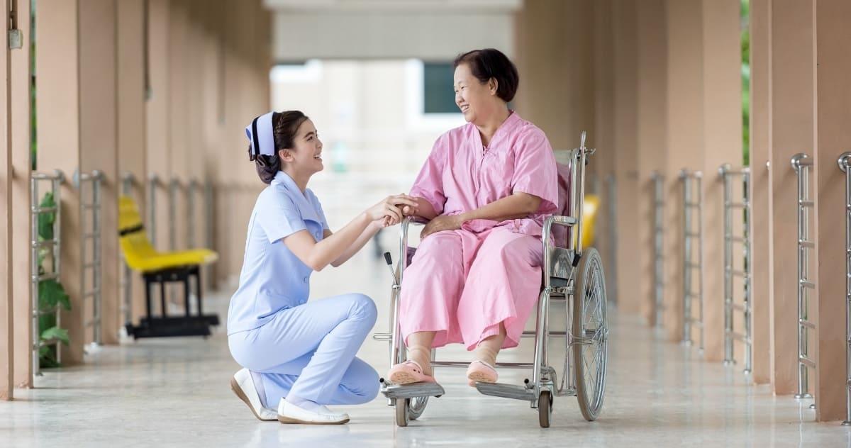 長輩要出院了,該注意什麼?認識出院準備│家天使居家照護