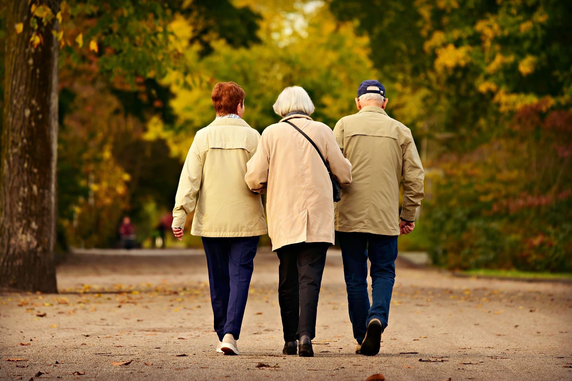(認識失智)失智症初期照顧方法:與正常老化的差異│家天使居家照護